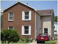 Looking for a 3 Bedroom House/ Town House/ Semi in Brantford.