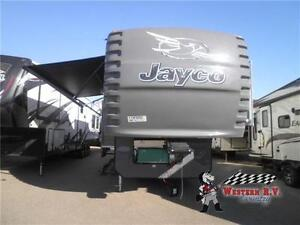 NEW 2015 SEISMIC 3902 RV TOY HAULER FIFTH WHEEL
