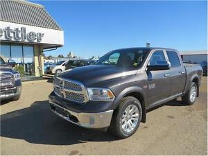 2016 RAM 1500 Laramie 4x4 HEATED LEATHER SEATS!  TOW PACKAGE!