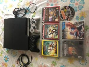 PS3 playstation 320GB + 2 Controller + 6 Games