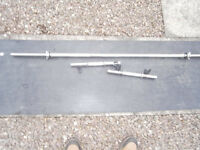 5FT solid spinlock bar, and a pair of solid dumbells, BARGAIN