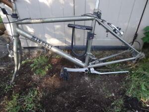 Minelli bike / bicycle frame