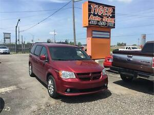 2011 Dodge Grand Caravan R/T**DVD**LEATHER**LOADED**