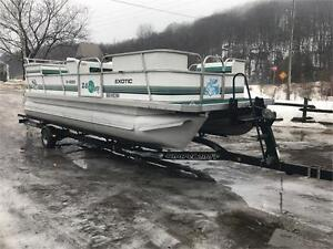 ***LIKE NEW*** PONTOON BOAT TRAILER  FOR UP TO 24'