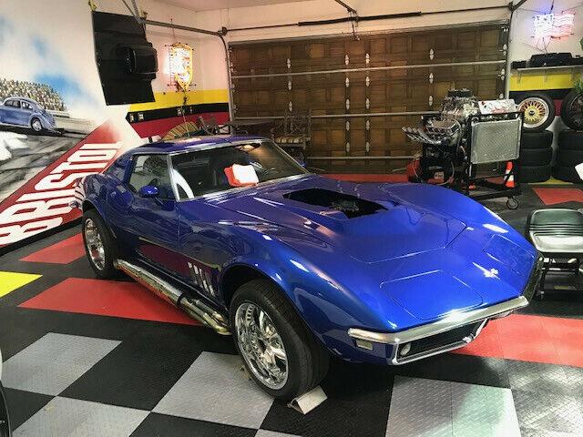 1968 Blue Chevrolet Corvette     C3 Corvette Photo 1