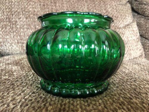 Vintage A.L.R. Co. R-19 Emerald Green Vase