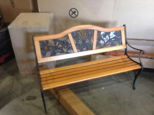 End season sale of outdoor benches, 87$ discount.