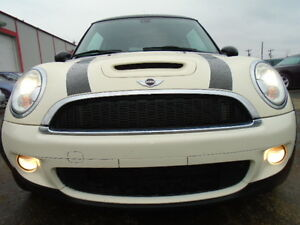 2009 MINI Mini Cooper S SPORT-1.6L TURBOCHARGED--LEATHER-SUNROOF