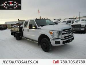 2013 Ford F-350 XLT Crew Cab 9ft Flat Deck + power liftGate Gas