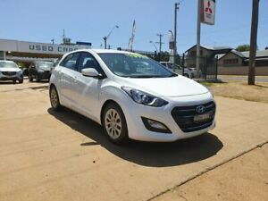 2015 Hyundai i30 Active White Automatic Hatchback Young Young Area Preview