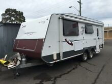 2010 AVAN OWENS  Caravan Unanderra Wollongong Area Preview
