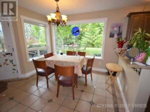 2 Beds 1 Bath Executive Style Legal Suite - Hammond Bay Road