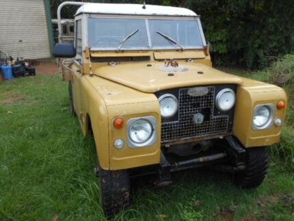 1981 Land Rover series 3 tray back Zillmere Brisbane North East Preview