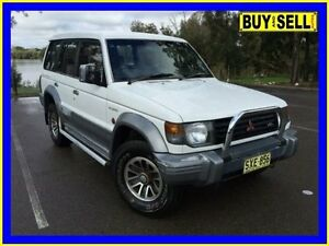 1993 Mitsubishi Pajero NJ GLS LWB (4x4) White 4 Speed Automatic 4x4 Wagon Lansvale Liverpool Area Preview