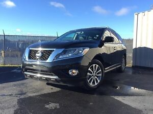 2016 Nissan Pathfinder NAVIGATION Y.E.S WAS $38,950 NOW $37,777