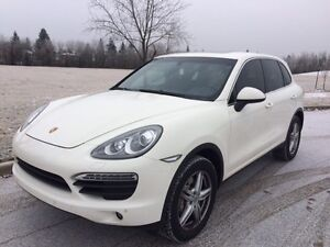 Excellent condition White Porsche Cayenne S priced to sell !