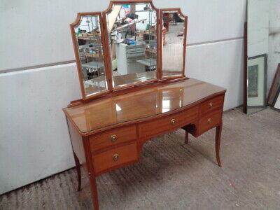 Regency style Serpentine  Dressing table can courier