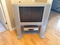 27'' JVC TV + VCR/DVD + stand for sale