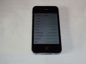 Iphone 4 in perfect condition Prince George British Columbia image 3