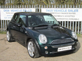 STUNNING LOW MILEAGE / ONE OWNER MINI COOPER 2005 (05) ONLY 56K S/HISTORY / VGC!