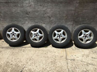 Four 15 inch Pontiac Montana Aluminum wheels,Michelin tires. Kitchener / Waterloo Kitchener Area Preview