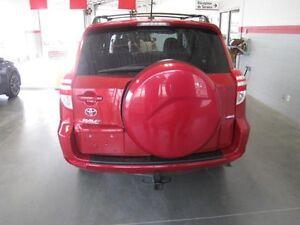 2011 Toyota RAV4 BASE AWD V6 Saguenay Saguenay-Lac-Saint-Jean image 6