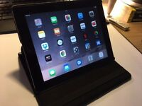 iPad 2, A1395 Model, 16Gb in Excellent Condition