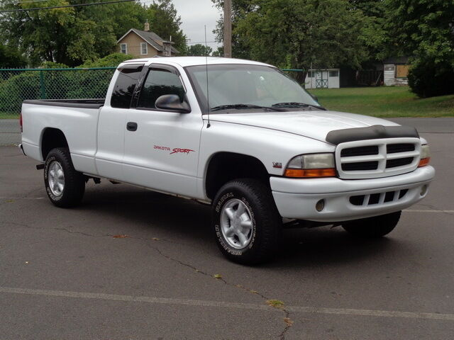 Image 1 of Dodge: Dakota Sport…