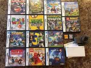 Nintendo DS and 16 games Cambridge Kitchener Area image 1