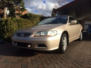 2002 Honda Accord Coupe (2 door) - Must See !