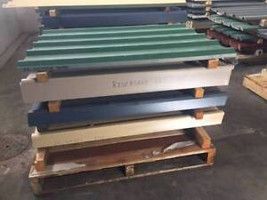 Colourbond sheets BRAND NEW - aged stock clearance 900mm long. Osborne Park Stirling Area Preview