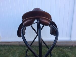 "18"" All Purpose English Saddle Regina Regina Area image 4"