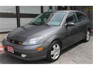 2004 Ford Focus *ZX5 Premium* / LOW KMs  .AUTO.  LEATHER . SUNRO Kitchener / Waterloo Kitchener Area image 1
