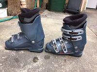 Women's ski Nordica ski boots