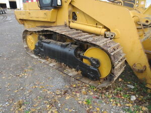 REALLY NICE CAT CRAWLER *GREAT DEAL* London Ontario image 5
