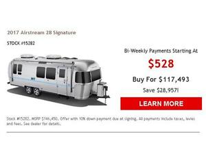 2017 Airstream 28 Signature