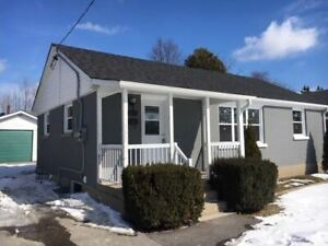 ATTN: INVESTORS! AMAZING OPPORTUNITY 3+3 BR *LEGAL* DUPLEX!