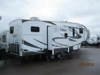 Wow!! Wildcat 30' 5th Wheel with Bunk Room and outdoor kitchen.