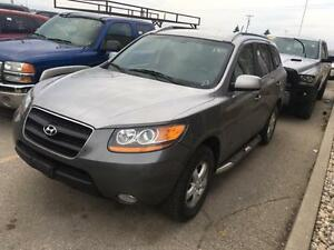 2009 Hyundai Santa Fe GL Heated Seats! Satelite Radio Sirius!
