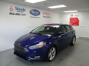 2015 Ford FOCUS AUTO, LEATHER!