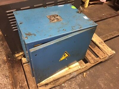 Signyi Intl 20 KVA 3 Ph Machine Transformer, 220-480 V to 205 V, Used, WARRANTY