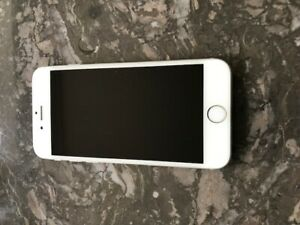 iPhone 6 in MINT condition. 64GB.