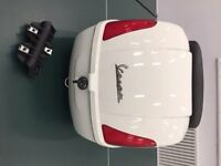 vespa gts top box