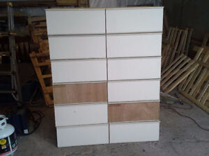 stack able shelves