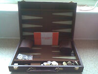 BACKGAMMON BOARD GAME - MUST BE WORTH A LOOK