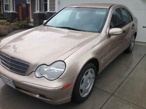 2002 Mercedes-Benz MINT CONDITION C240 Sedan