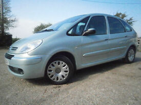 0606 CITREON XSARA PICASSO 2.0i 16v DESIRE AUTOMATIC 5 DR LOW MILES 57K FSH FAB
