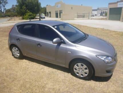 2011 HYUNDAI i30 AUTO ** IDEAL FIRST CAR ** SPECIAL !!