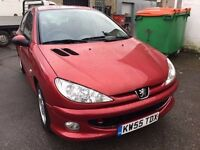 2006 Peugeot 206, starts and drives well, 1 years MOT (runs out February 2018), just had new cambelt