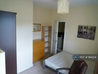1 bedroom in Anchor Crescent, Birmingham, B18 (#914224)